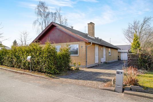 Villa på Nordrøjel i Greve - Ejendommen