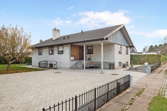 Villa på Moserøjel i Greve - Ejendommen