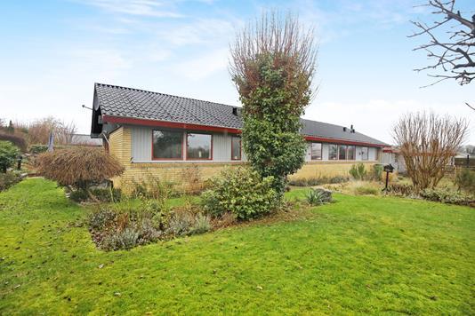 Villa på Benedikte Alle i Karlslunde - Ejendommen