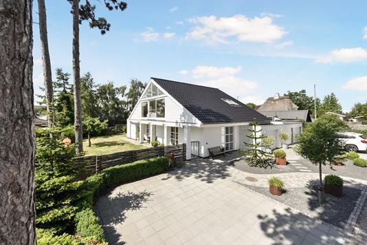 Villa på Granvænget i Karlslunde - Ejendom 1
