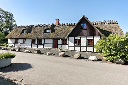 Villa på Søndergade i Tune - Ejendommen
