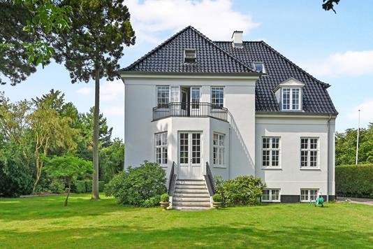 Villa på Eggersvej i Hellerup - Ejendom 1