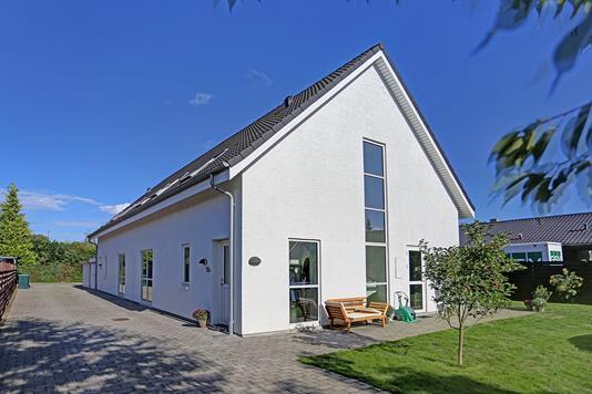 Villa på Borghaven i Valby - Ejendommen