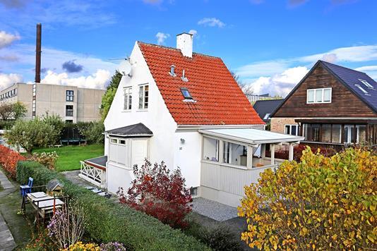 Villa på Kongshaven i Valby - Ejendommen