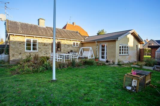 Villa på Stenløsevej i Brønshøj - Set fra haven