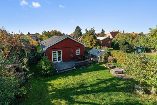 Villa på Præstegårds Allé i Brønshøj - Set fra haven