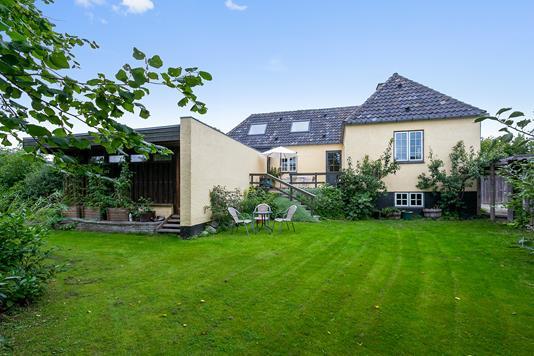 Villa på Tølløsevej i Brønshøj - Set fra haven