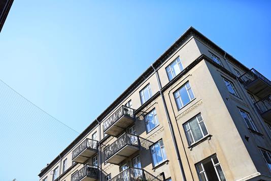 Ejerlejlighed på Enghave Plads i København V - Ejendommen