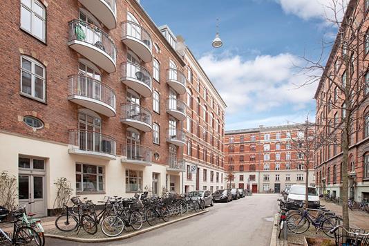 Ejerlejlighed på Broagergade i København V - Ejendommen