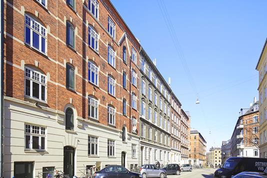 Ejerlejlighed på Godsbanegade i København V - Ejendommen