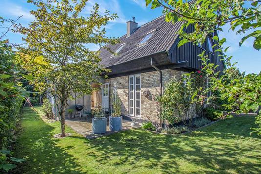 Villa på Humlehaven i Valby - Ejendommen