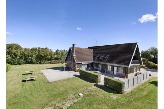 Villa på Ved Kæret i Store Heddinge - Set fra haven
