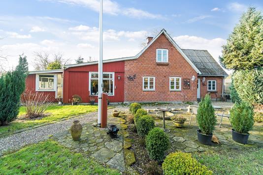 Villa på Suensonsvej i Faxe Ladeplads - Set fra haven