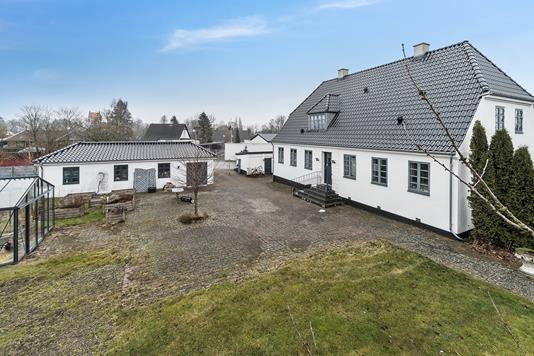Villa på Faxevej i Hårlev - Ejendommen