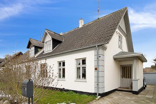 Villa på Elisabethsvej i Store Heddinge - Set fra vejen