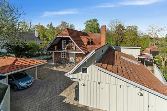 Villa på Ådalsvej i Karise - Set fra vejen