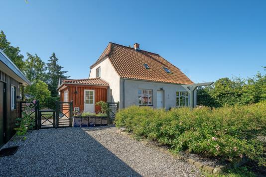 Villa på Fynsvej i Faxe Ladeplads - Set fra vejen