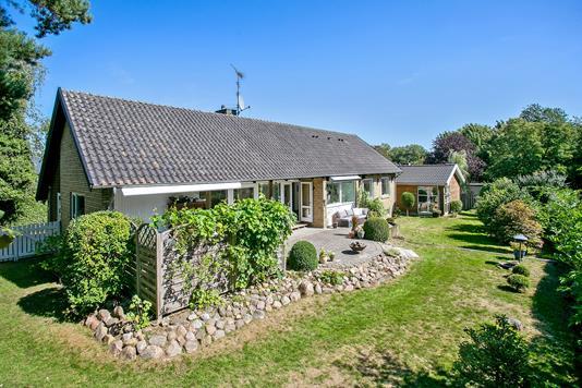Villa på Tornerosevej i Herlev - Set fra haven