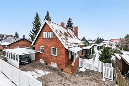 Villa på Hjortespringvej i Herlev - Ejendommen