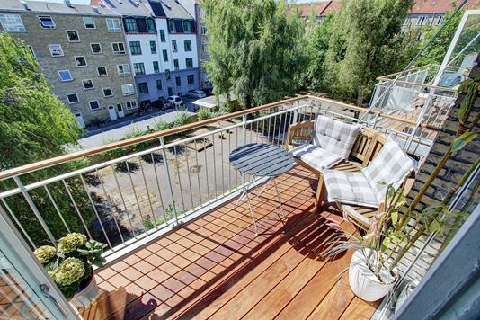 Ejerlejlighed på Helga Larsens Plads i Vanløse - Altan