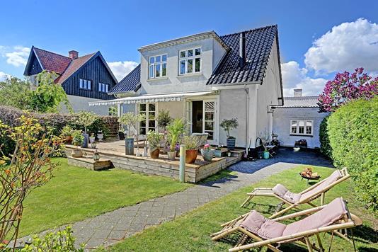 Villa på Damstien i Vanløse - Ejendommen