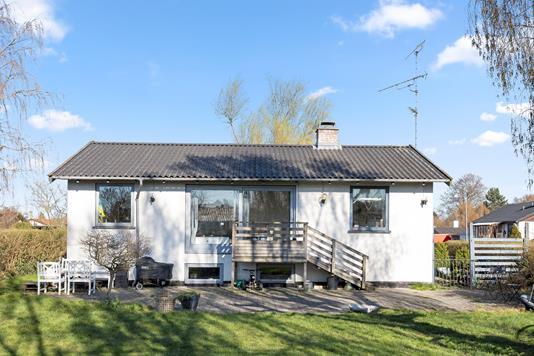Villa på Hederavej i Brøndby - Facade