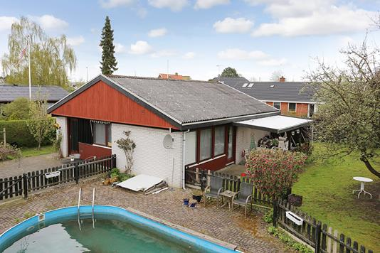 Villa på Ejbyholm i Glostrup - Ejendommen