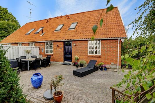 Villa på Lyngtoftevej i Brøndby - Ejendommen