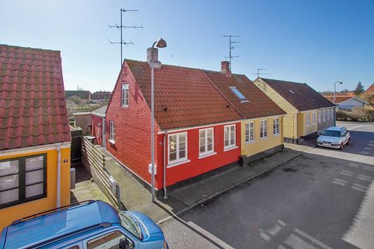 Villa på Sverigesvej i Nexø - Ejendommen