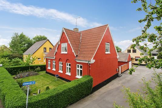 Villa på Godthåbsvej i Østermarie - Ejendommen