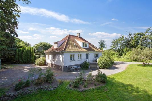 Villa på Hans Thygesensvej i Svaneke - Set fra haven