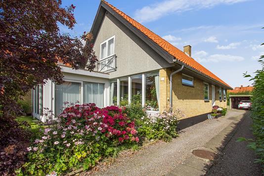 Villa på Møllevænget i Nexø - Ejendommen