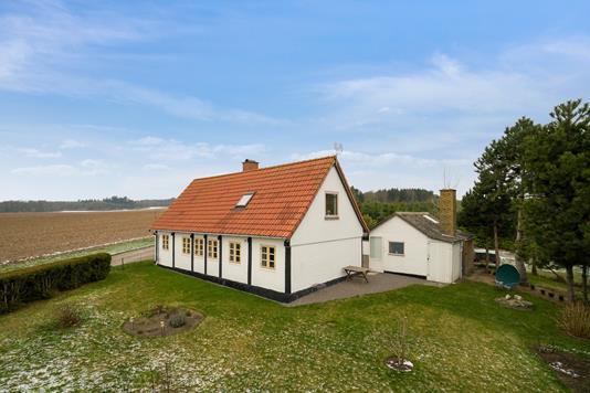 Villa på Plantagevej i Nexø - Set fra haven