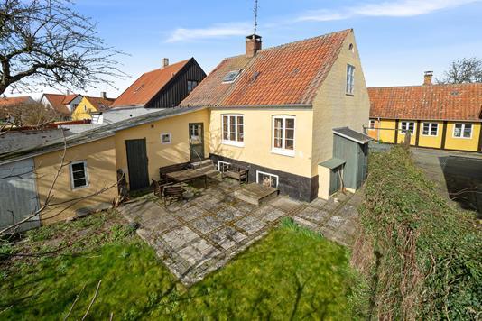 Villa på Brøndstræde i Svaneke - Set fra haven
