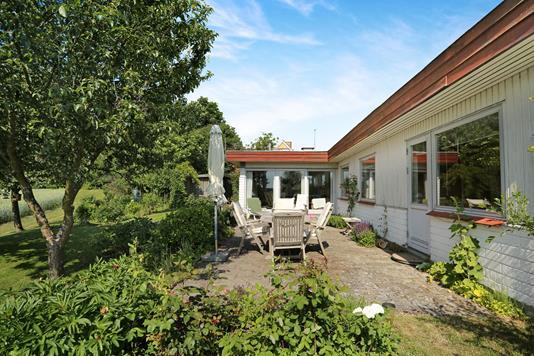 Villa på Tølløsevej i Tølløse - Ejendommen