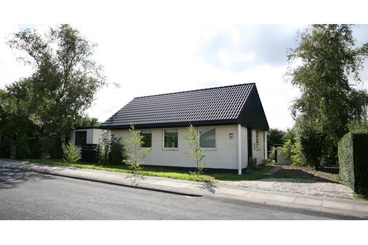 Villa på Margrethevej i Kirke Hyllinge - Ejendommen