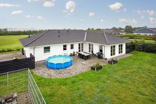 Villa på Håndværkervej i Svinninge - Ejendommen