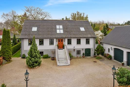 Villa på Gl. Skovvej i Regstrup - Ejendommen
