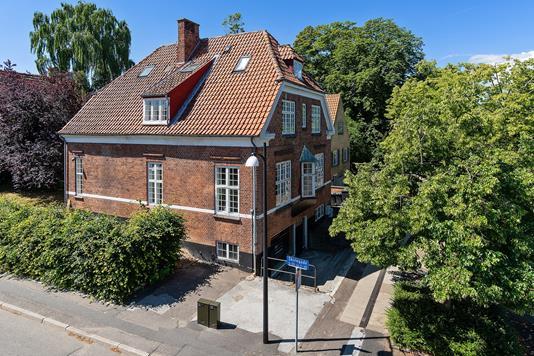 Ejerlejlighed på Markedspladsen i Holbæk - Set fra vejen