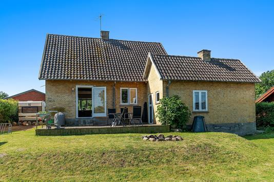Villa på Bakken i Store Merløse - Set fra haven