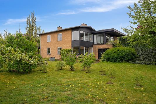 Villa på Munkholmvej i Holbæk - Set fra haven
