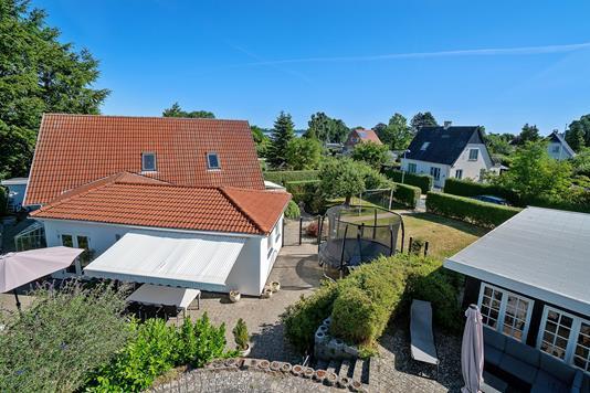 Villa på Vibevej i Holbæk - Set fra haven