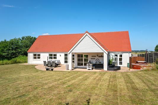 Villa på Tuse Byvej i Holbæk - Set fra haven