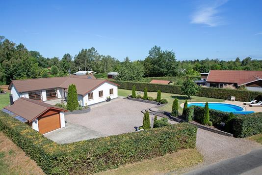 Villa på Eskebjergvej i Eskebjerg - Set fra vejen