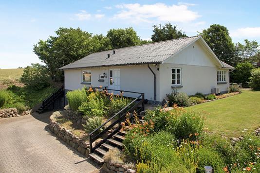 Villa på Ved Volden i Grevinge - Set fra vejen
