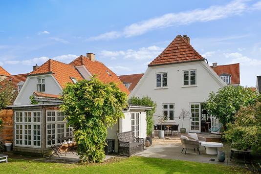 Villa på Chr Hansensvej i Holbæk - Set fra haven