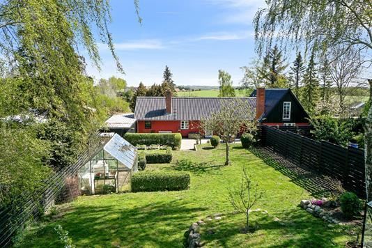Villa på Ebberup Mose i Vipperød - Set fra haven