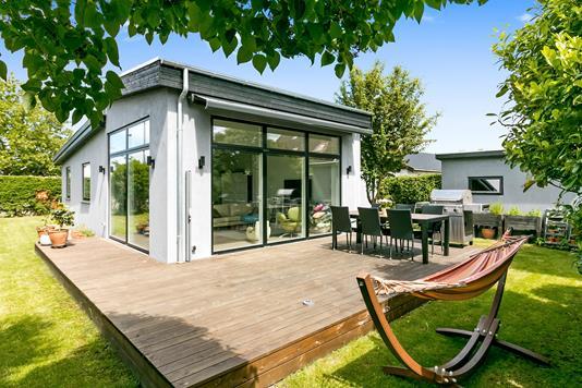 Villa på Gyldenrisvej i København S - Ejendommen