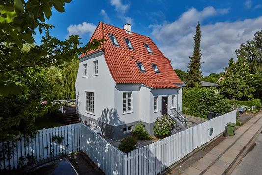 Villa på Høeghsmindevej i Gentofte - Ejendommen