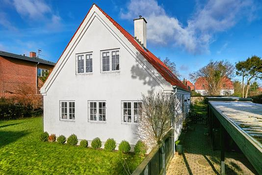 Villa på Sassvej i Gentofte - Ejendommen
